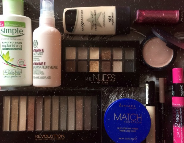 christmas-makeup-products