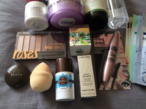 giveaway-prizes-close-up-1