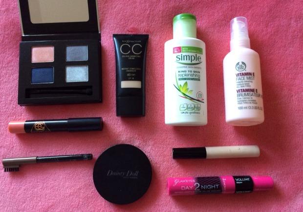summer-makeup-menu-products