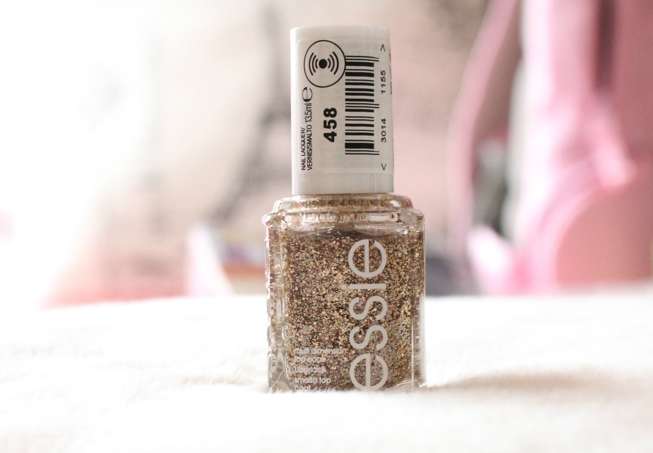 Essie Nail Polish in Glow Your Own Way – Chanelle Hayley